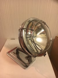 Two vintage spot lights for dry cell batteries Costa Mesa, 92627
