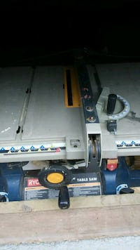 Wanted .. Dead or dieing table saw Nanaimo, V9R 6X7