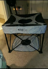 **NEVER USED** KIDCO HIGHCHAIR Moody, 35004