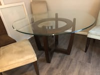 round glass top table with four chairs dining set Reston, 20194