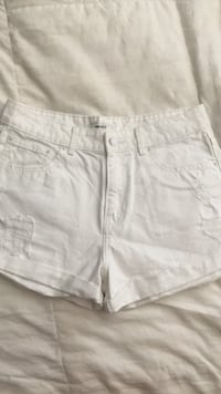 White jean shorts size 29 forever 21 Reading, 19606