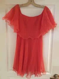 BCBG small coral pleated dress Vaughan