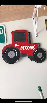 red The Dixons tractor decor Conway, 29527