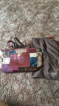 Coach handbag Morgantown, 26505
