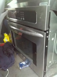 black and gray microwave oven Richmond, V6Y 3M3