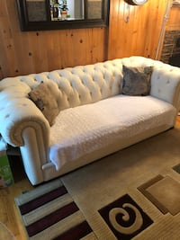 white and gray fabric sofa Montréal, H1E 2A6