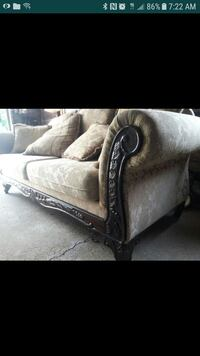BEAUTIFUL SUPER CLEAN BARELY USED COUCH AND LOVE S