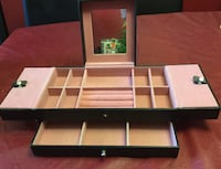 Jewelry Box (multiple compartments ) Toronto, M9R 3Z1