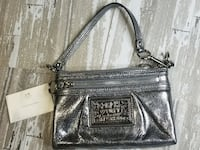 BRAND NEW Coach Poppy Signature Metallic Silver Large Wristlet Toronto
