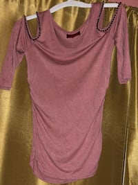 JLo off should blouse SZ: MED Chino
