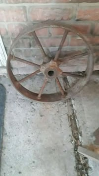 Antique Wagon Wheels  Scranton