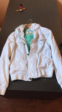 Aritzia tna jacket size M for fall Toronto, M4P 1R4