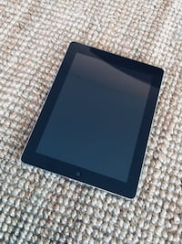 I pad 2 16 GB excellent condition 3128 km