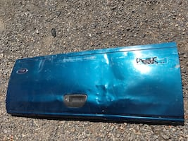 99-2007 Ford F250 Super Duty bed tailgate