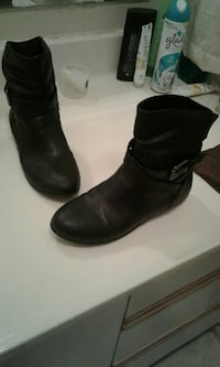 Ladies Leather boots 7