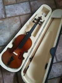 Full size violin with case Mississauga, L5C 2G6