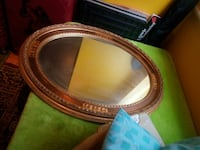 oval brown wooden framed mirror Londra, NW11 7ES