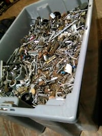 Very large Tote of Bolts,screws, misc Evansville, 47720