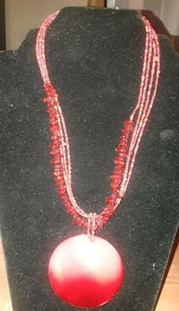 red beaded necklace Tuscaloosa, 35405