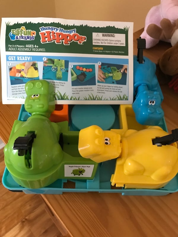 Hungry Hippo game like new 28025f8e-f364-4ab9-95d2-9512ec5fa0d8