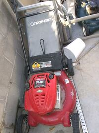 Briggs and Stratton 6.5 motor excellent condition and starts on 1st pu Las Vegas, 89183
