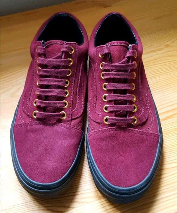 f9a30af327 Used VANS OLD SKOOL ULTRACUSH MAROON for sale in Chelmsford - letgo