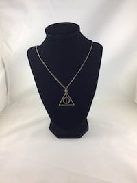 Harry potter deathly hollows necklace