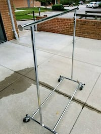 Collapsible adjustible rolling rack Baltimore, 21212