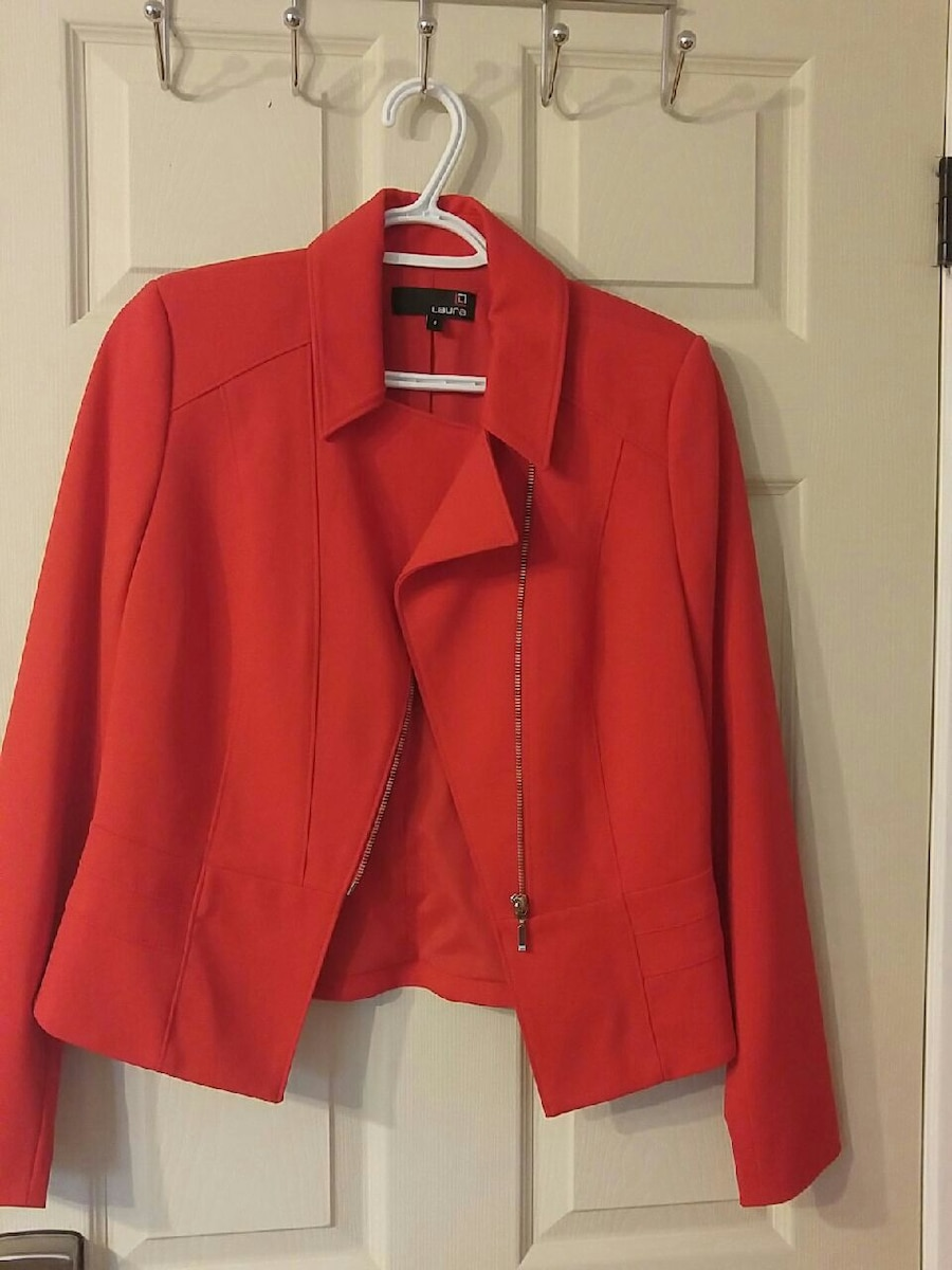 Laura size 4 Red suit jacket