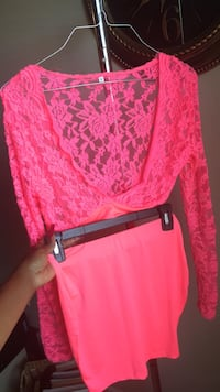Skirt Set size Med black and pink available for 20