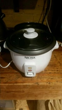 white and black Rival slow cooker Washington, 20016