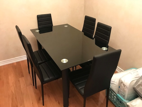 Brand new black 7pc tempered glass dining set warehouse sale