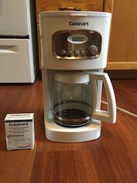 Cuisinart 12 cup coffee maker East Gwillimbury