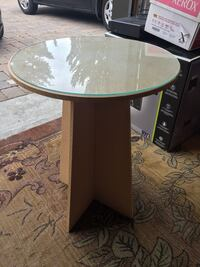 Circular table with glass Vaughan, L4L 9L8