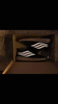 Adidas sobakov size 10 Temple Hills, 20748