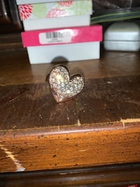Premier designs heart ring  Glen Burnie, 21061