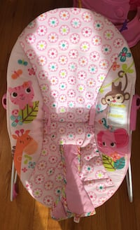 Baby girl bouncer chair