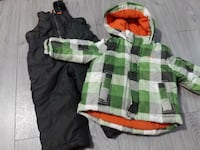 toddler's assorted clothes 535 km