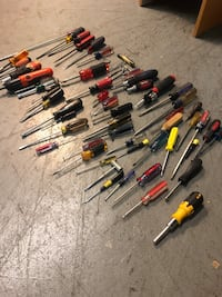 Assorted lot of screw drivers Washington, 20011