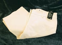 "New York & Company  Shorts ""New"" Hartville, 44632"
