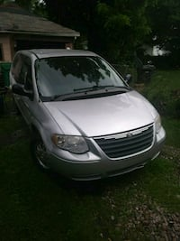 Chrysler - Town and Country - 2005 Kalamazoo, 49007