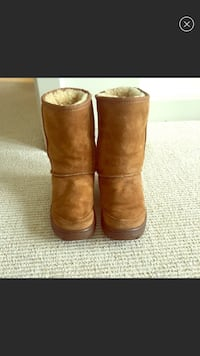 Ugg Boot Michaela Short in Chestnut Sz 5!!! Chevy Chase, 20815