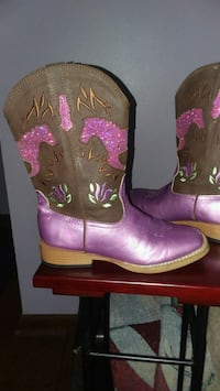 Girl's Roper Boots Size 1 Louisville, 40258