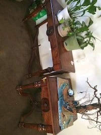 Cherry woid coffee, end and wall table Bakersfield, 93306