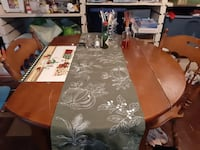 Dinning room table with leaf and 4 chairs Rockville, 20852