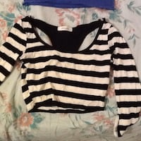white and black striped scoop-neck long-sleeved shirt