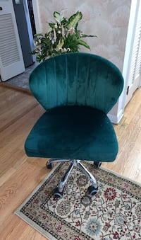 Emerald Green Rolling Chair Niles, 60714
