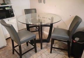 Matinee Dining Table with Chairs