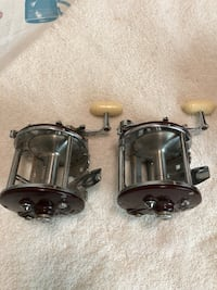 Penn Peer fishing reels  1960 mi
