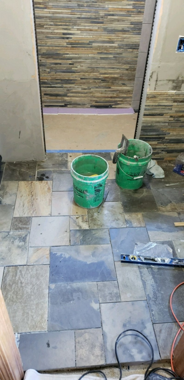 Tile and grout cleaning 6c870bc9-b453-4560-80e0-7646f9184e66